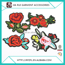 Fashionable polyester small or big flower embroidery applique for garment