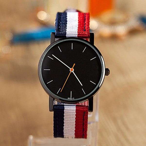 2015 new gadgets canvas strap fashion quartz lady watch