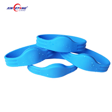 13.56MHz NFC Bracelet 213/215 waterproof rfid wristband/ silicone wrist band