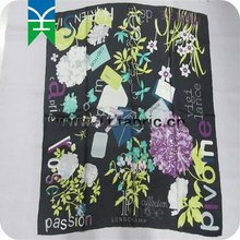 2015 Fashion customed printed silk scarf