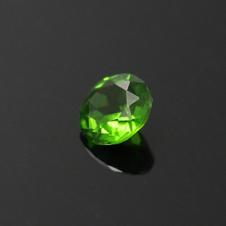 top quality natural round diopside stone