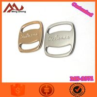 gold string metal buckle with engraved logo for garments