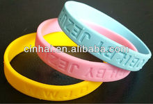 factory directly sale customized Europe Silicone Silly Arm Baller ID