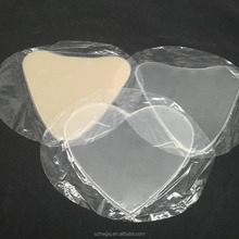 2018 Amazon Hot Sell Clean Triangle Heart Shape Reusable Silicon Gel Chest Wrinkles Pads For Cleavage & Decollete