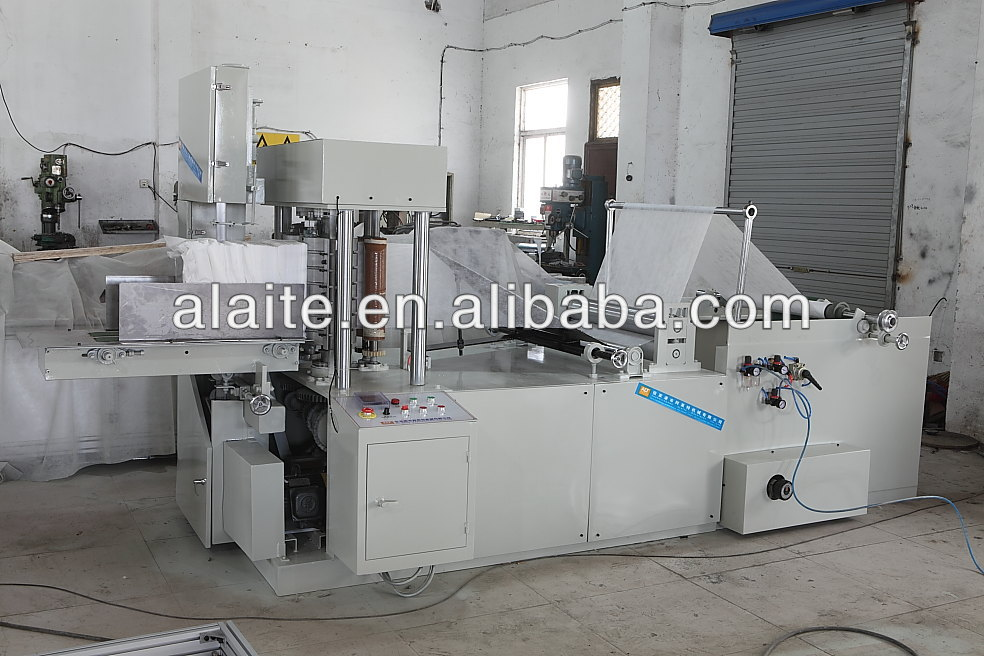 Disposable dishcloth making machine