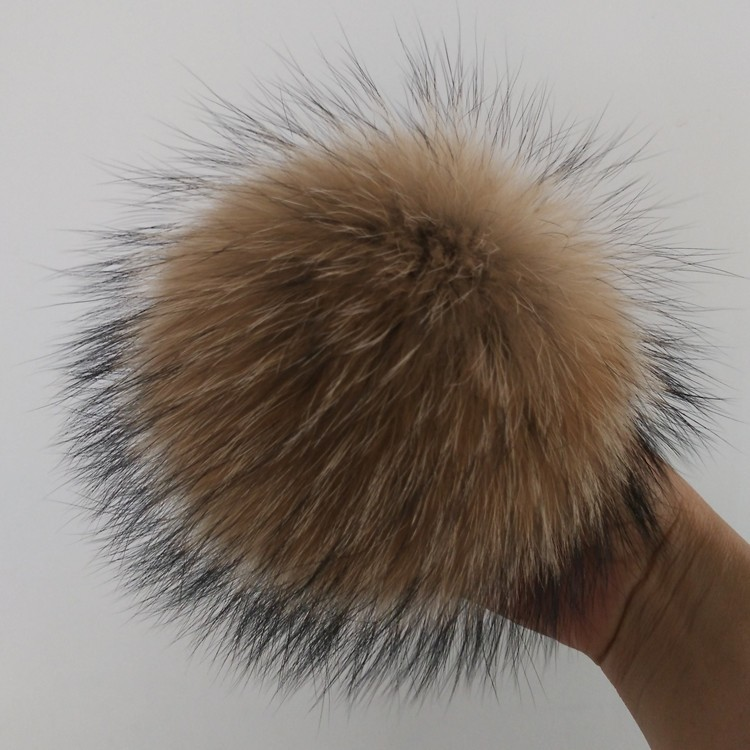 Raccoon hair bulb knitting hat fur hat excipients clothing textiles ecru raccoon hair bulb can be customized according to the sp