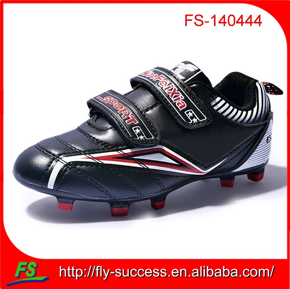custom outdoor child football shoes