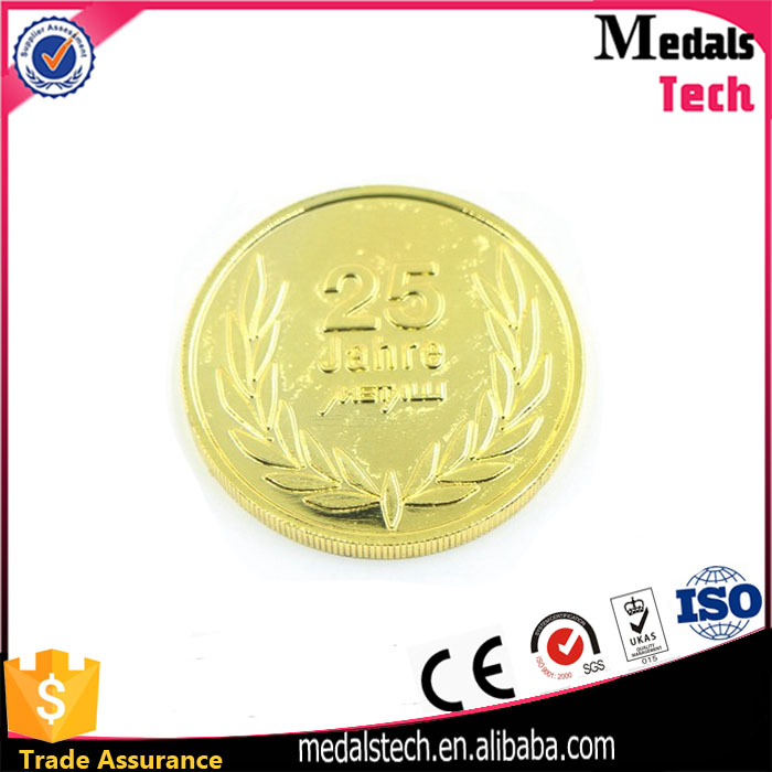 Custom personalized new design gold plated round shape emboss aluminum challenge coin with coin box