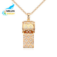 Wholesale Latest Gold Necklace Designs Crystal