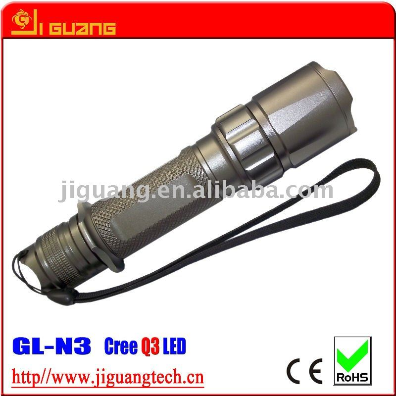 3 watt cree Q5 tactical flashlight with magnetic switch