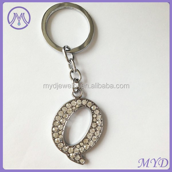 initial rhinestone letter Q metal zinc alloy key chain in cheap price