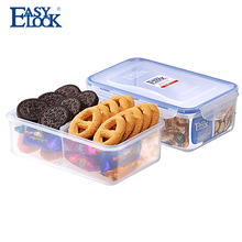 BPA free plastic food storage container with divider