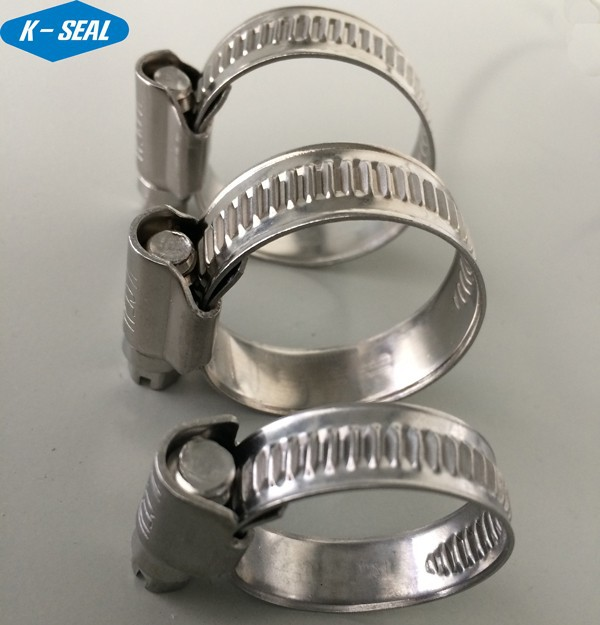 Automobile cooling water pipe clamp clips