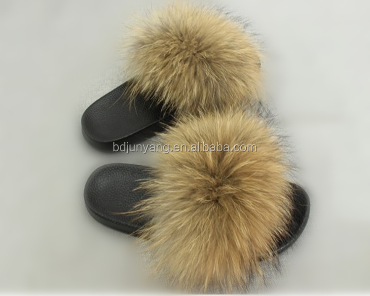 Fancy wholesale fur slippers raccoon fur slides women