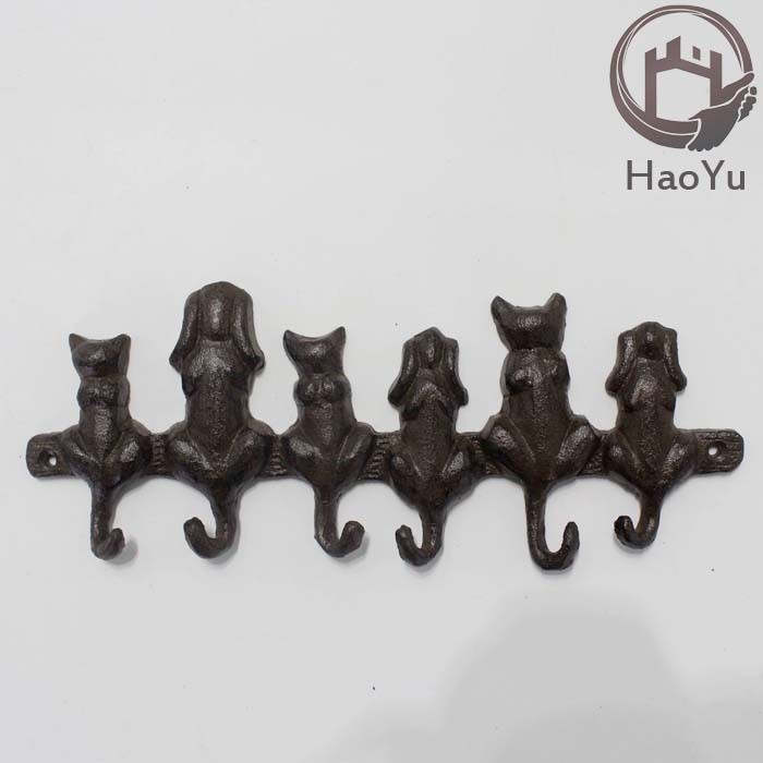 cast iron three cats three dogs shaped hook for garden decoration