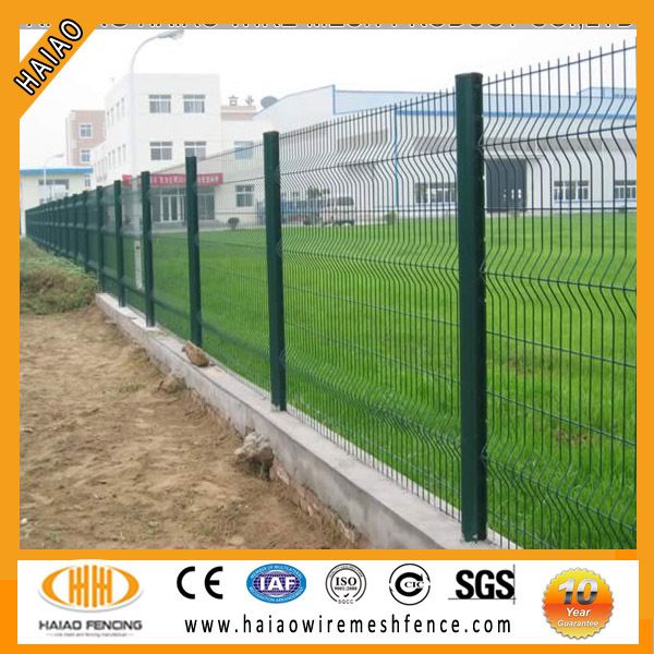 2017 polyester painting RAL 9005 welded mesh fence,beautiful garden fence prices