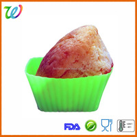 China manufacture wholesale silicone square cupcake pan molds/cupcake baking cups