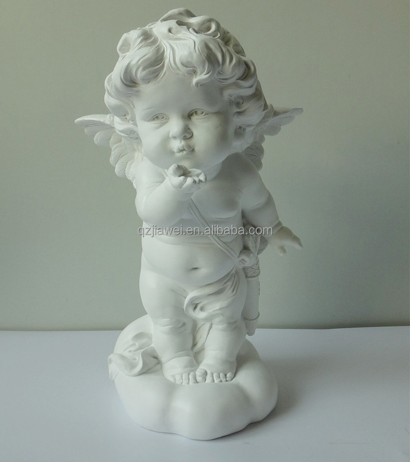 New design standing angel throwing love kisses cupidon figurine wholesale