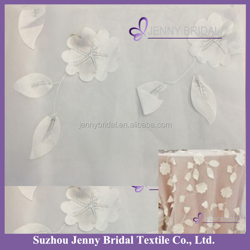 TC130A new arrival elegant wedding embroidered tablecloth