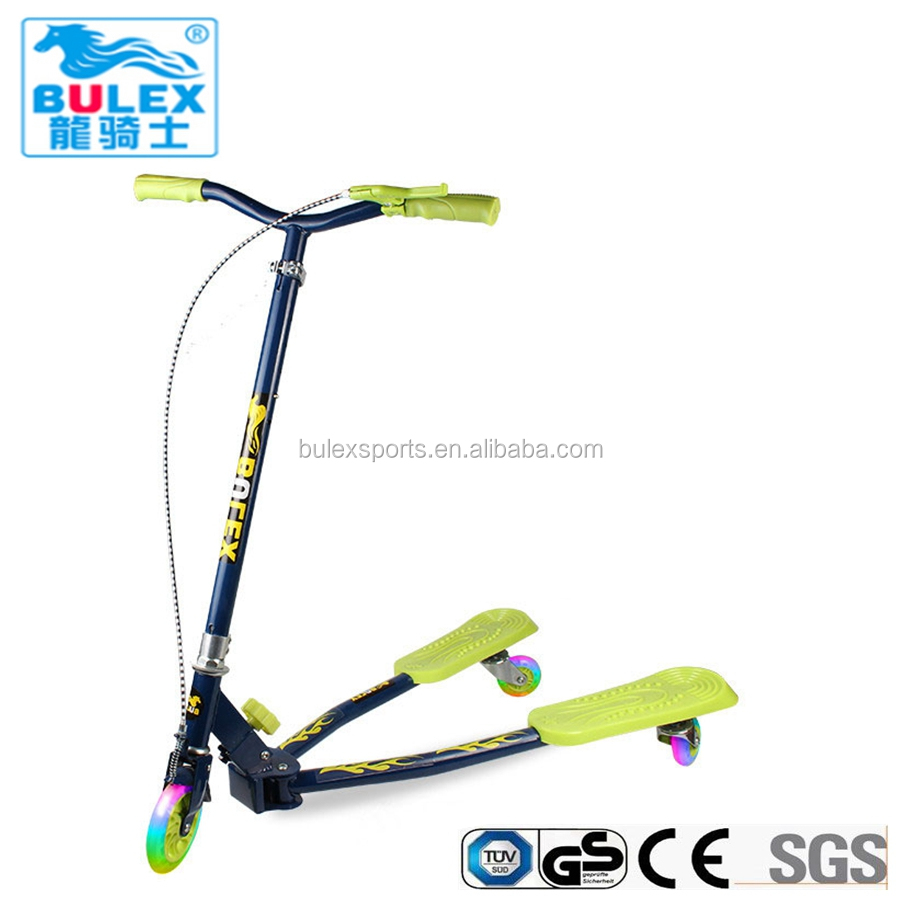 China cool kids lighted wheel kick scooters