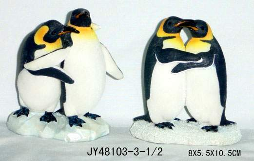 Polyresin Penguin