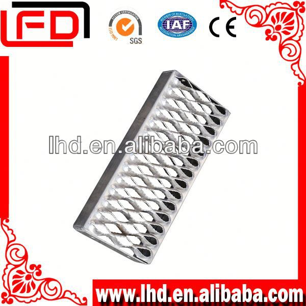 galvanized industrial grating stair railing with grating staircase
