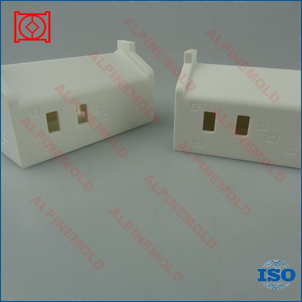 high quality custom plastic injection toy house mould