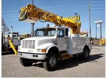used service truck- 1991 International 4800 4x4 Altec D845 Crane with Remote control, upper controls & pin on bucket