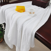 Hilton Hotel 100% Cotton Bath Towel