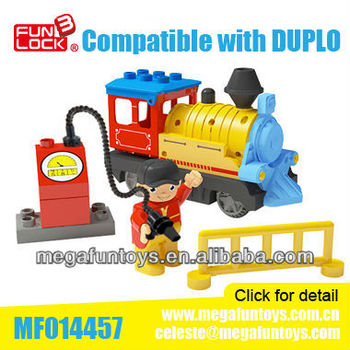 FUNLOCK 9pcs Battery Operated Gas Station Train Block Set Wholesale Educational Toy