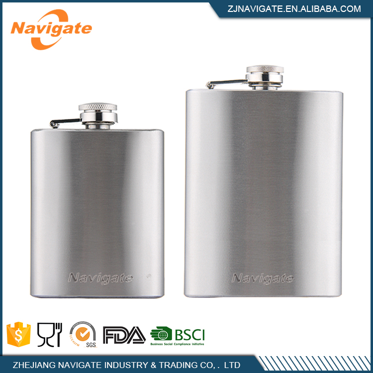Enjoying Drinking Stainless Steel Bottle Hip Flask