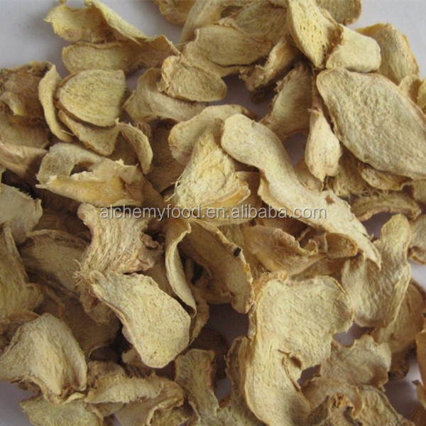 Dried ginger flakes dehydrated ginger flakes