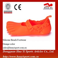 Fashion comfortable silicone high quality five finger toes shoes