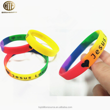 Custom colored personalized silicone wristbands rubber bracelet maker