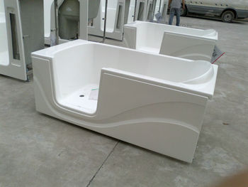 bathtub for old people and disable people best walk in bathtub supplier in China curved door