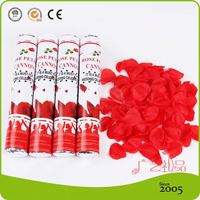 CE Certificated Hat Party Popper with Rose Petals