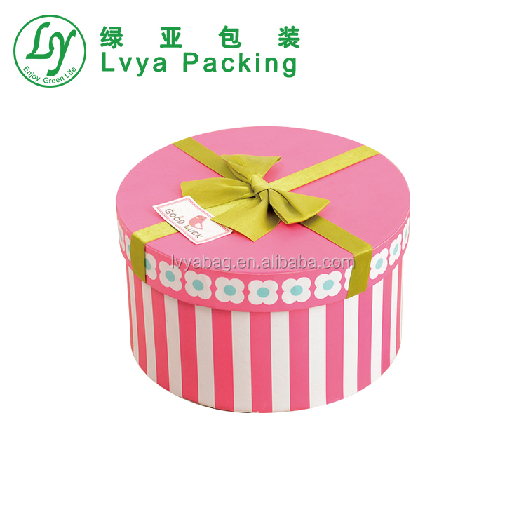 Wholesale Manufacture Printed foldable round birthday cake packaging gift box with ribbon