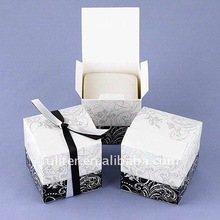 Luxury paper cake boxes 2012