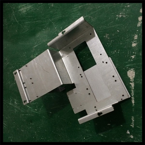 China OEM high precision sheet metal stamping parts sheet metal cutting and bending machine