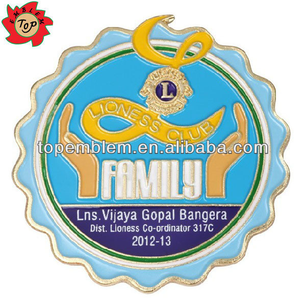 Custom enamel lion metal badge