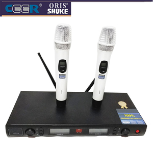 UGX8 High Frequency UHF FM White Wireless Microphone