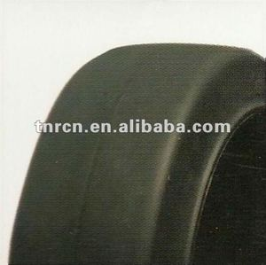 Press On Solid Forklift Tyre 305x165x203