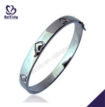 Wholesale fashion jewelry high quality customized silver bengali wedding bangles