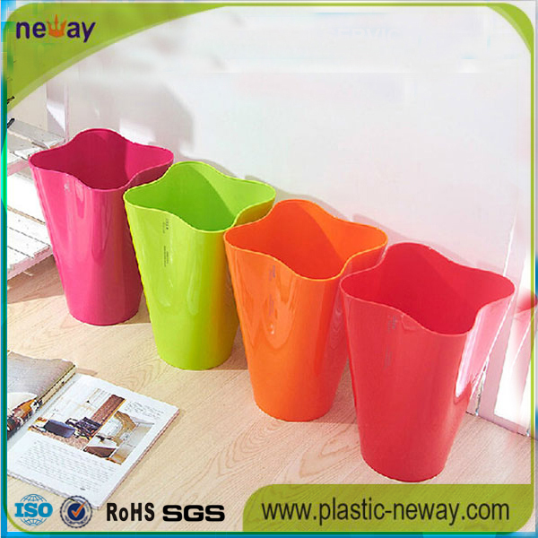 4 gallon plastic office garbage bin
