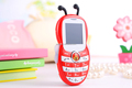 2015 New design 1.44inch Disco Light Cute BEE Style kid Bar Phone CCT-K1