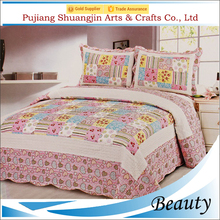 Hot sale soft handmade 100% polyester microfiber bed sheet floral print patchwork quilt