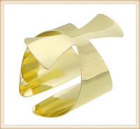 China supplier wholesale new design gold tone large metal gold bracelet for men