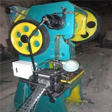 High speed automatic razor barbed wire making machine for security fence