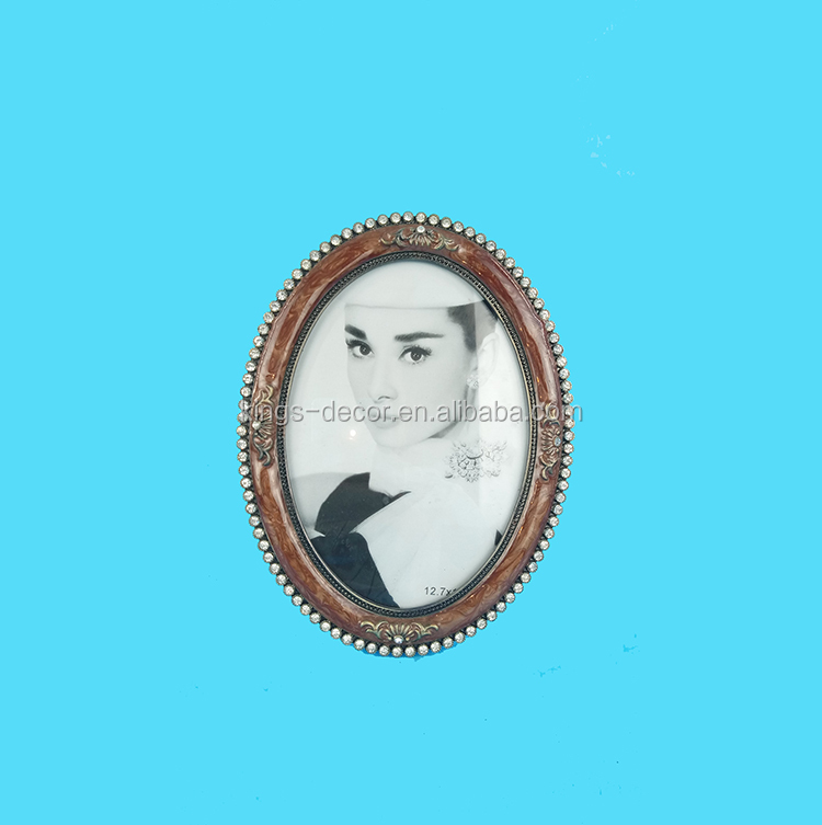 oval design wooden women photo frame for gifts