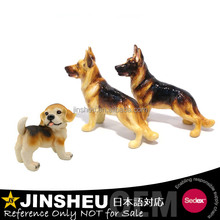 Custom cute small plastic polyresin dog figurine